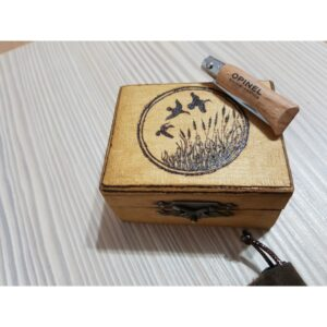 Briceag Opinel No2 in cutie de lemn